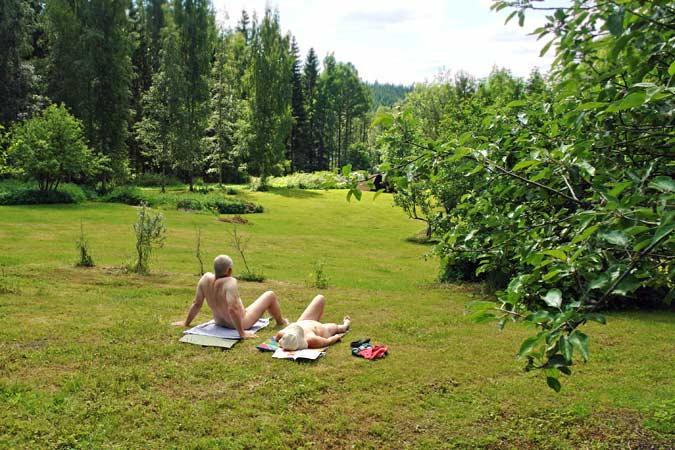 naturistisch luieren in Finland - naturisme recreatie