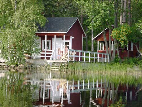 swimming zwemmen summer cottages zomerhuisjes - skandinavia - skiing, snowboarding, dogsleds, snow mobiles, trekking, fishing, swimming and sauna holidays - vacations in your own cottage in south east Finland - summer, fall, autumn, winter and spring at Penttilä Gardens